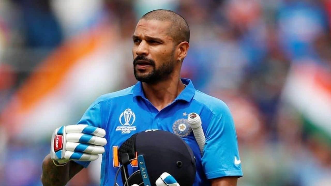 Watch Sri Lanka vs India Live First ODI: Shikhar Dhawan Snares Exquisite Catch To Send Back Bhanuka Rajapaksa