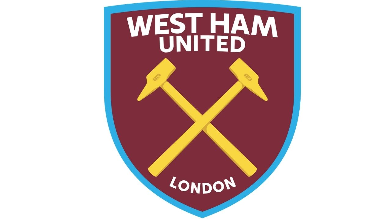 Watch: West Ham And Rapid Vienna Fans Throw Urine Bottles During Fight At Each Other As Three Are Arrested And A Police Officer Is Assaulted