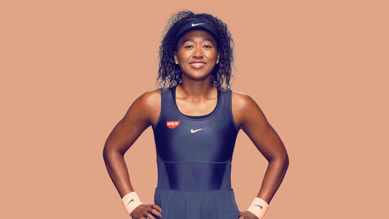"""""""GIVE ME ATTENTION!"""" Piers Morgan Calls Naomi Osaka A Fraud After She Appears At Met Gala 2021"""