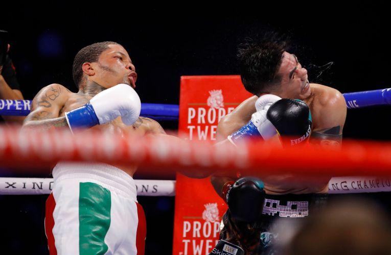 Davis dismantles Santa Cruz with sixth-round knockout