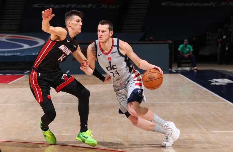Short-handed Wizards fall to Heat