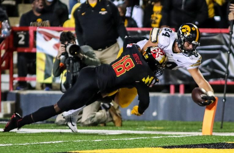 No. 5 Iowa dominates Maryland 51-14