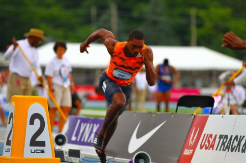 Socialing The Distance featuring Josephus Lyles, Clip #2,  (Training with 400m & 200m groups)