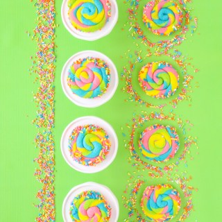 spring swirl cookies on green