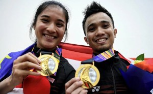 SEA Games : Gold for Arnold and Idrakie