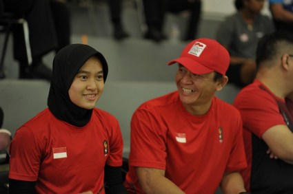 Coach with Player during match break