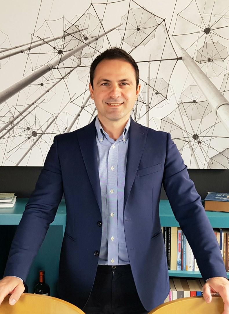 Ο Ιωάννης Νασιούλας, Διευθυντής του Ινστιτούτου Κοινωνικής Οικονομίας