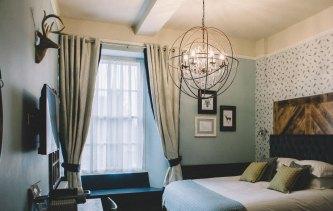 Stag-Lodge-Stow-B&B-hero-image-1100-rooms-image-10