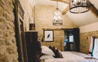 Stag-Lodge-Stow-B&B-hero-image-1100-rooms-image-3