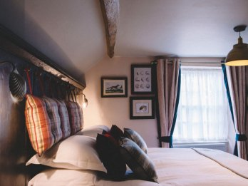 Stag-Lodge-Stow--BOUTIQUE-ACCOMMODATION-rooms2-2