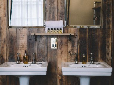 Stag-Lodge-Stow--BOUTIQUE-ACCOMMODATION-rooms2-5
