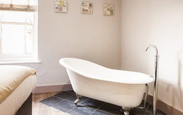 the_white_hart_stow_bath_Mar15_2