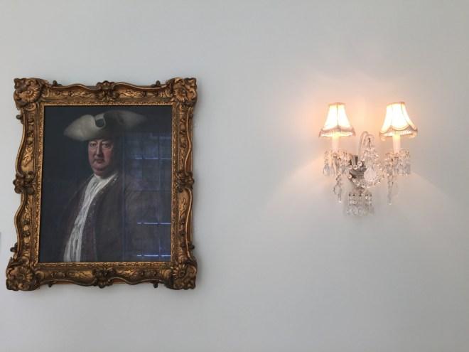 Enjoy Art Work At The Pump Room Restaurant