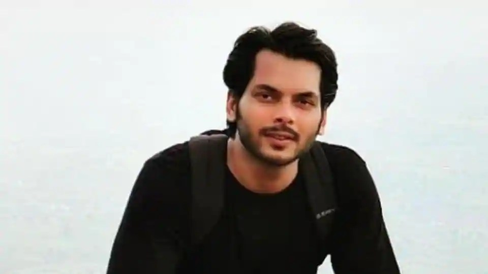 Actor Akshat Utkarsh dies by suicide in Mumbai flat, family claims it is a murder