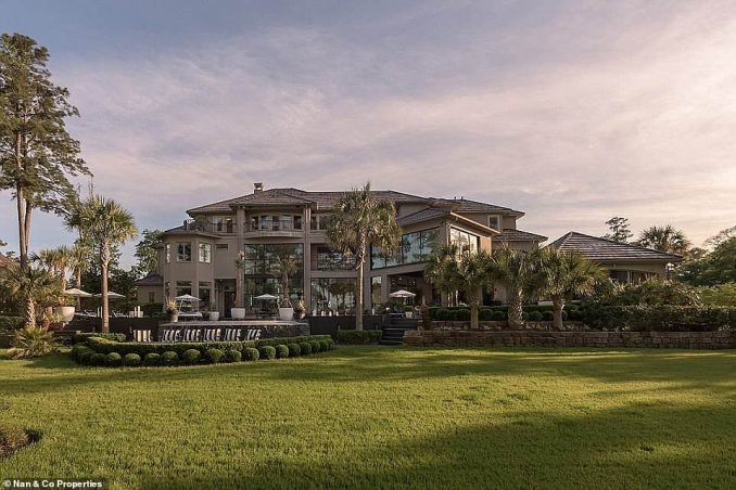 An unidentified buyer snapped up Roemer's stunning17,350-square-foot mansion in The Woodlands last month. It's unclear how much they agreed to pay, but the home's final listing price was $6.499million