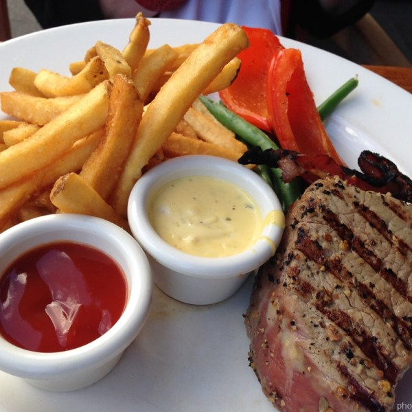 Four-Ounce Filet Mignon with Steakhouse Fries*