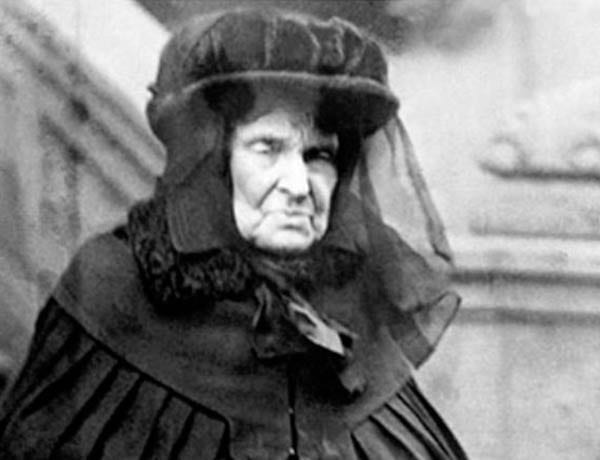 """Hetty Green (AKA Henrietta Green, 'The Witch of Wall Street,' née Henrietta Robinson, 1834 – 1916) – """"The greatest miser"""" and """"richest woman in America"""" during the Gilded Age, Hetty Green lived by the rule of """"buy cheap and sell dear."""""""