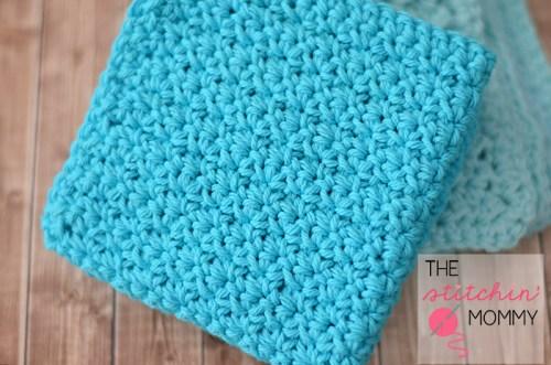 Easy Textured Washcloths - Two Free Patterns   www.thestitchinmommy.com #washcloth #spa #wash #bath #spaday #textured
