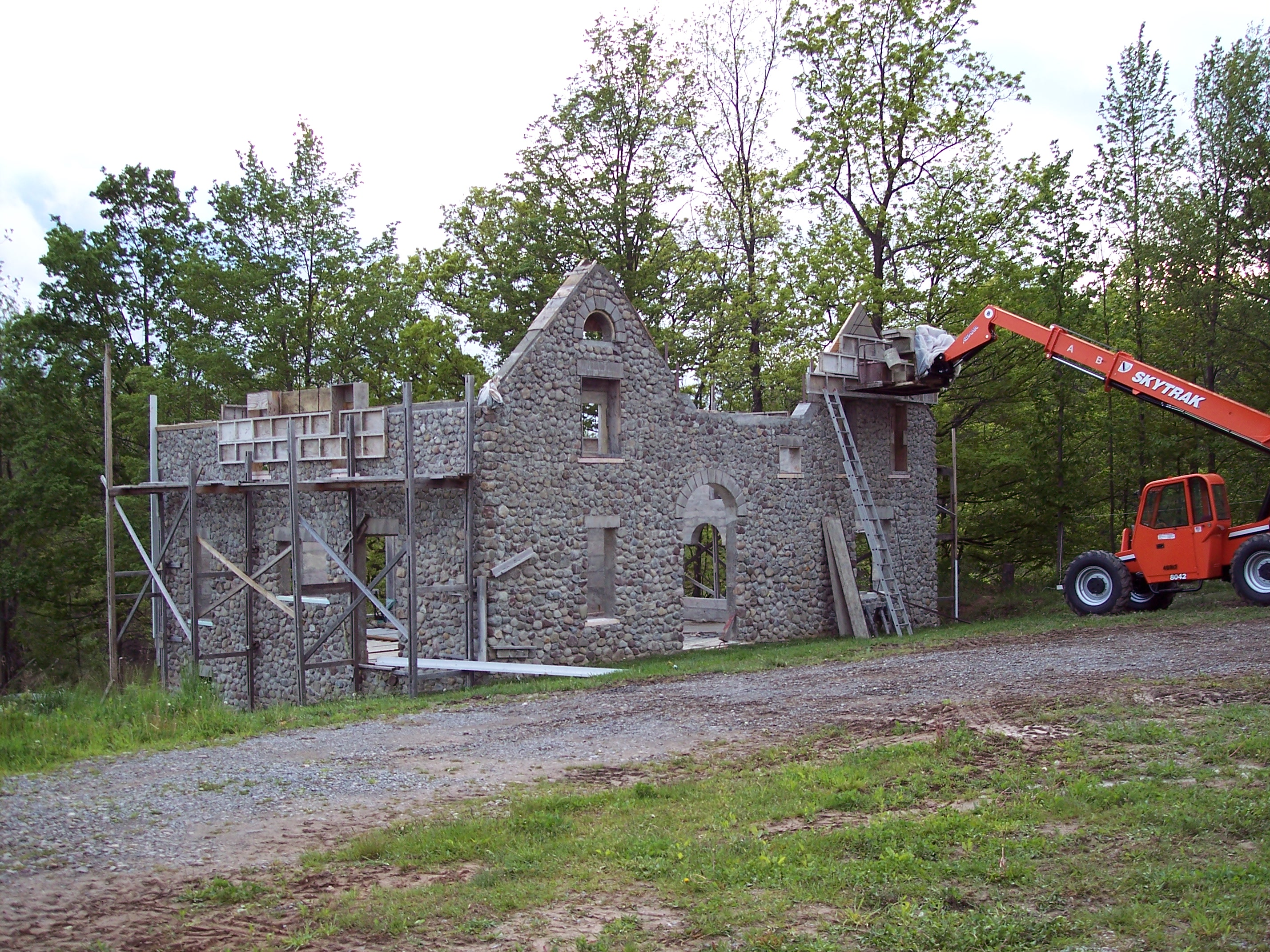 Slipform Stone Building Q and A  The stone house project