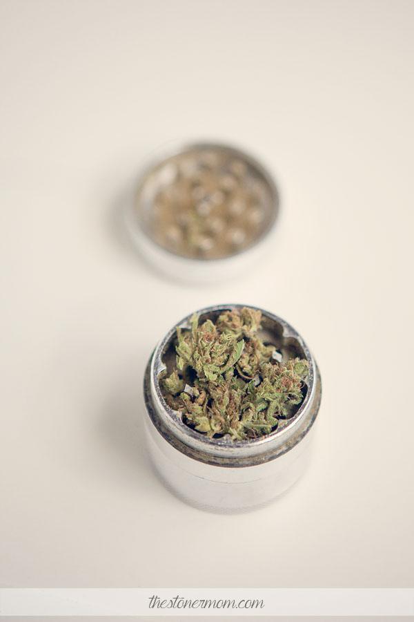 Herb grinder