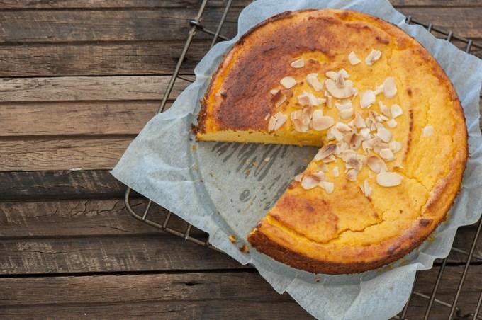 Amazing Orange & Almond Cake