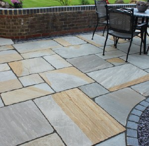 York Blend Indian natural riven sandstone patio slabs