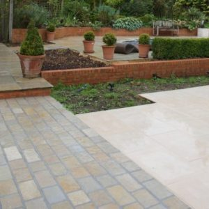 Farley Seasoned Limestone Cobbles