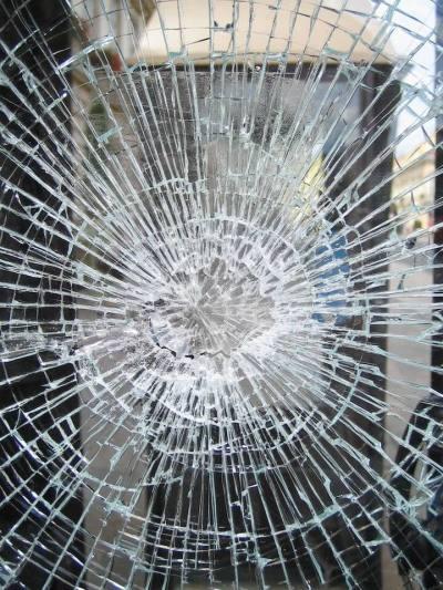 screenwriting basics - broken-glass event