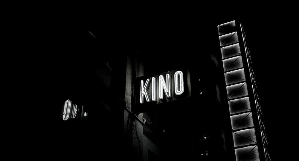 Leuchttafel Kino