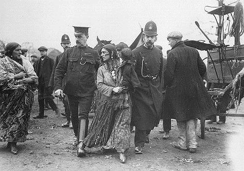 English police rounding up Romani people in the early 1900s