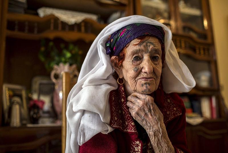 A Amazigh woman