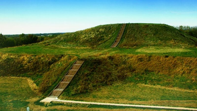 Ruins of the Mississippian earthworks at Cahokia