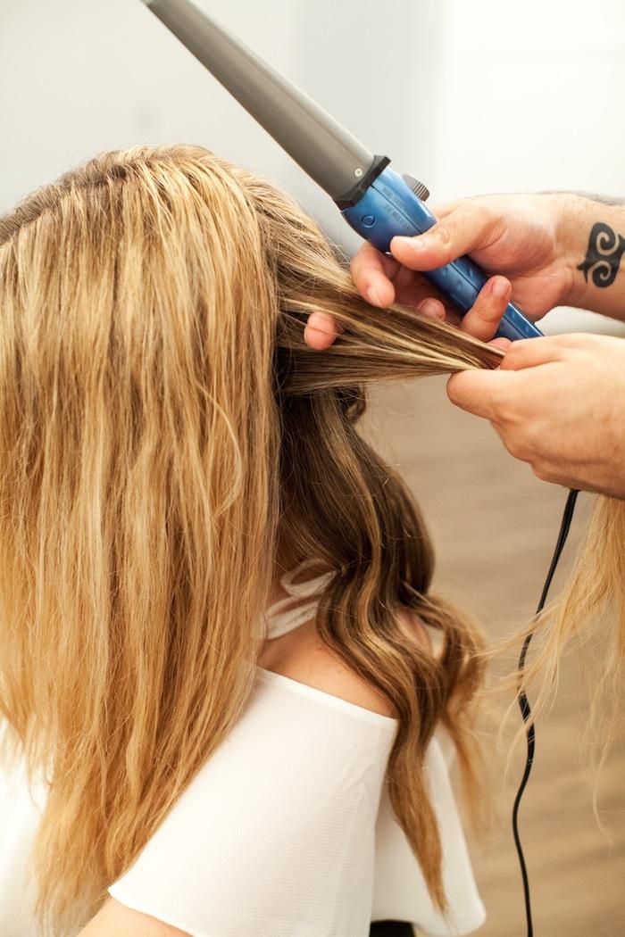 Beach Waves Hair Tutorial, The Stripe