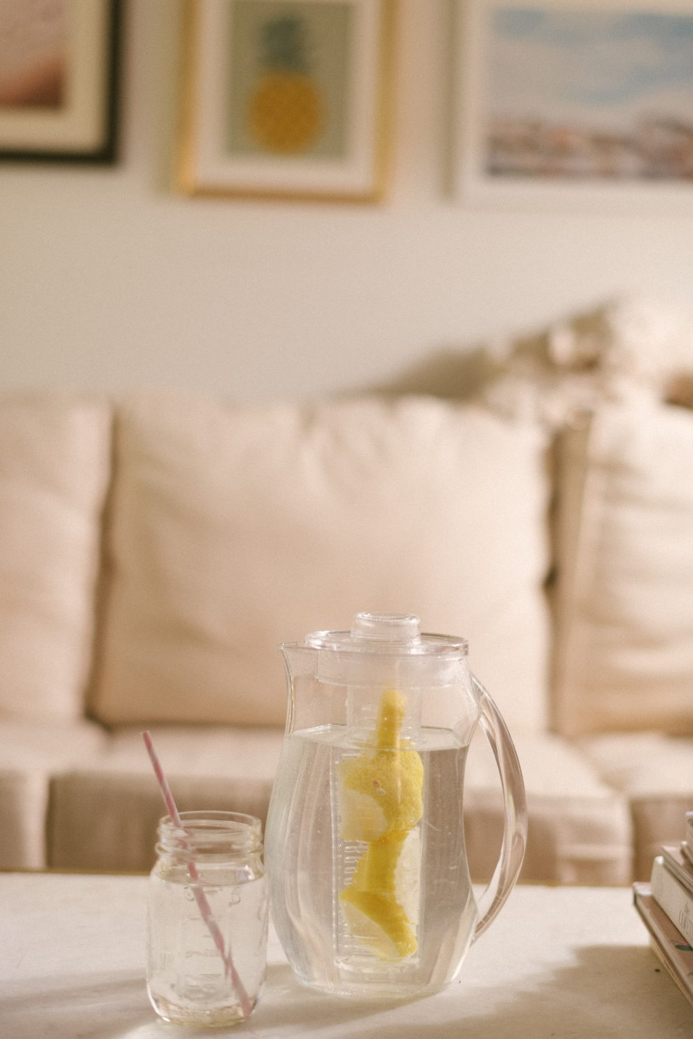 How to Detox (Without Spending a Million Dollars). | Inexpensive Ways to Detox - The Stripe
