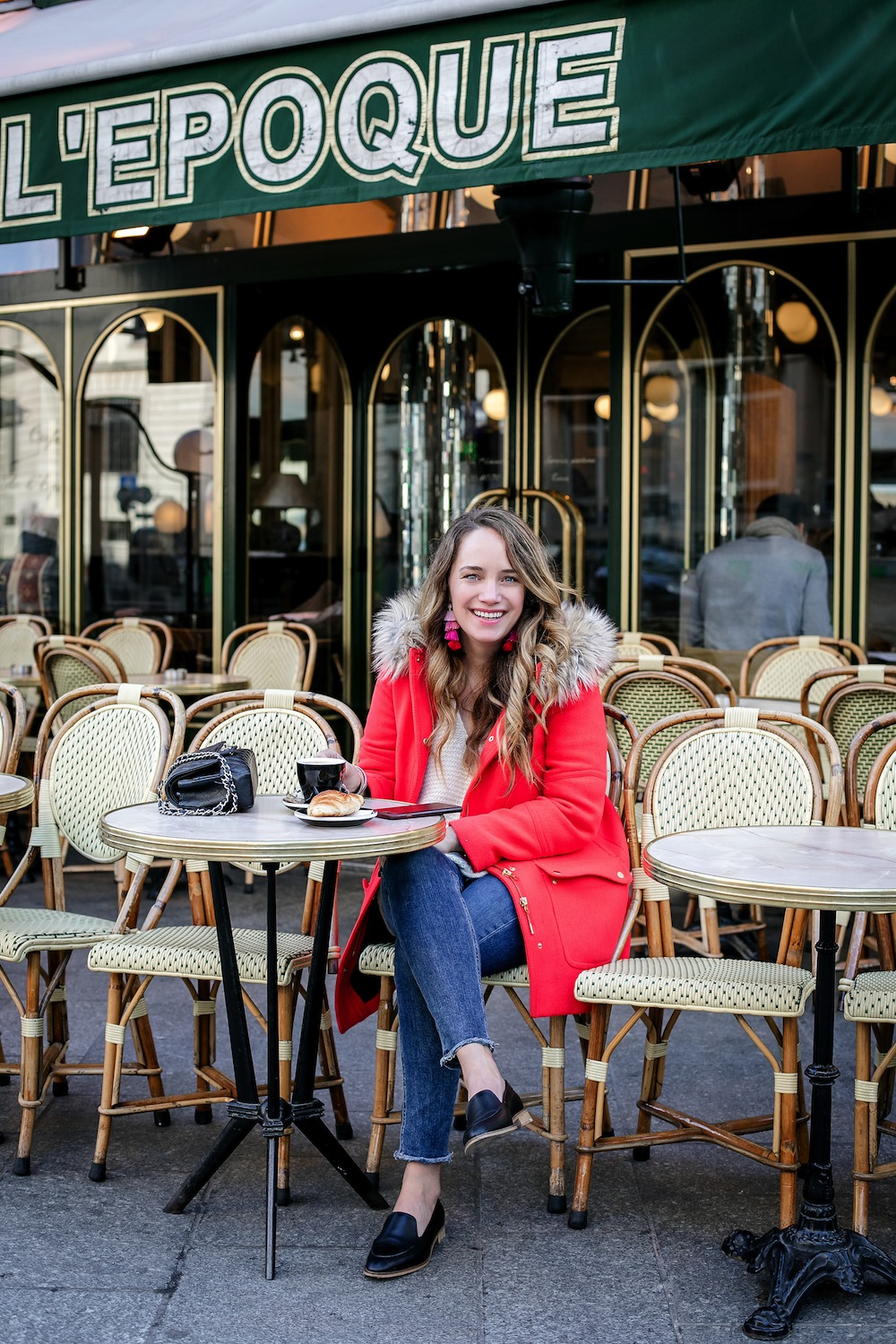 early mornings in paris | cafe de l'epoque paris | grace atwood, the stripe