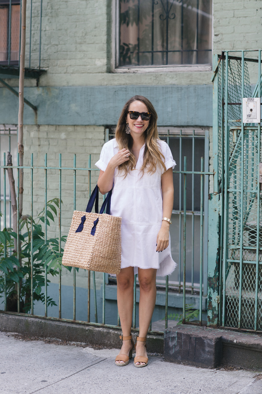 7 for all mankind short sleeve popover dress in white | the stripe