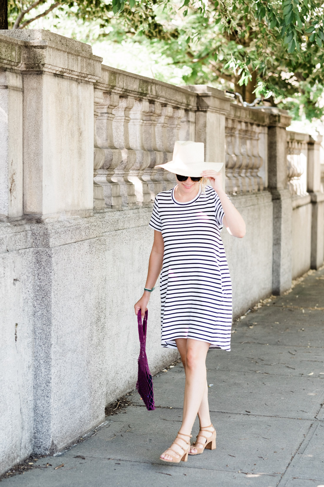 easy summer outfit idea   grace atwood, lifestyle blogger