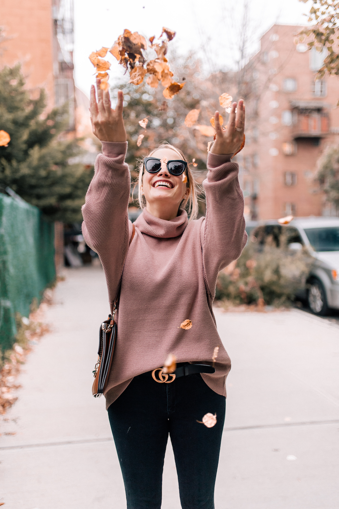 Free People Softly Structured Tunic Sweater // American Eagle Jeans // Gucci Belt // Chloe Faye Bag // Karen Walker Sunglasses // Charlotte Tilbury Lipstick