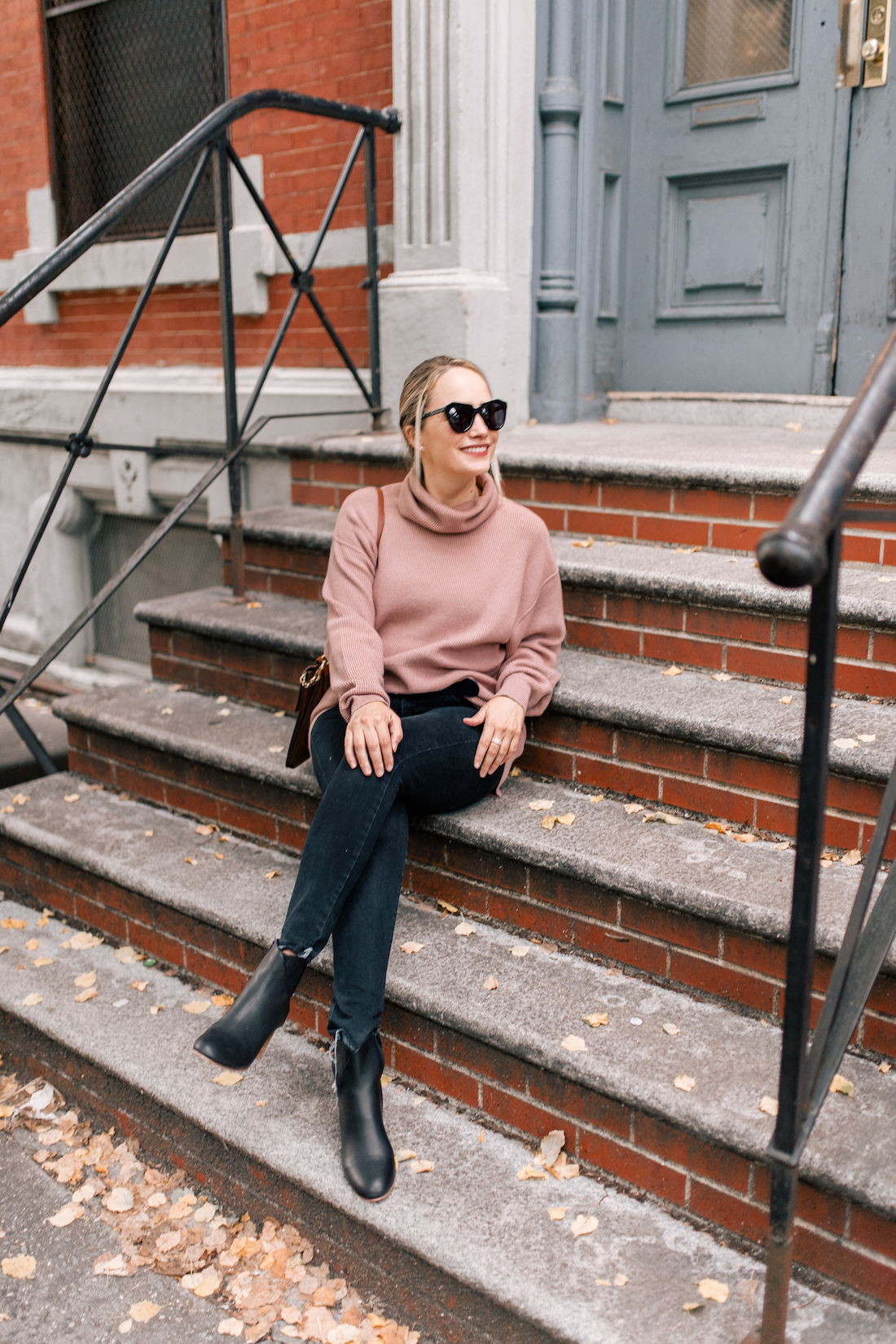 Free People Softly Structured Tunic Sweater // American Eagle Jeans // Gucci Belt // Soludos Boots // Chloe Faye Bag // Karen Walker Sunglasses // Charlotte Tilbury Lipstick