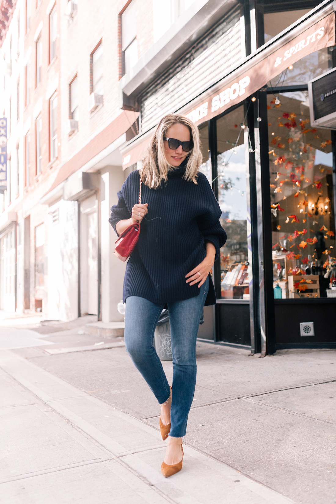 Outfit Details:Acne Oversized Sweater//Good American Jeans //Vintage Chanel Bag // Rachel Comey Earrings //Celine Sunglasses// Sarah Flint Slingbacks