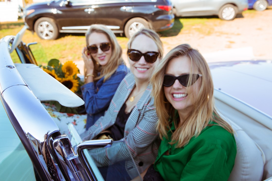 Mary, Gretchen, and I - en route to wine tasting!