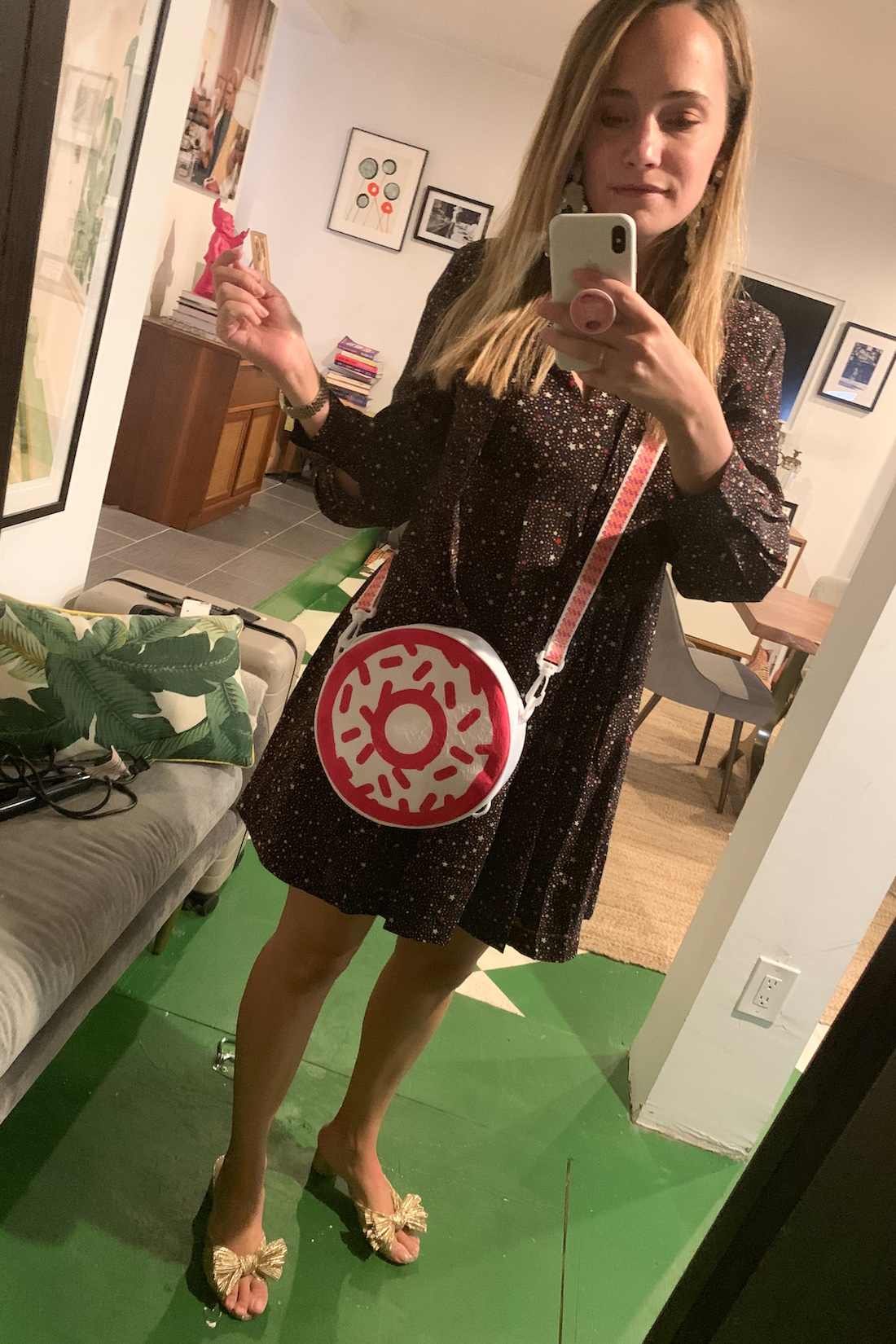 What I Actually Wore: 6/8 - 6/14 - donuts bag