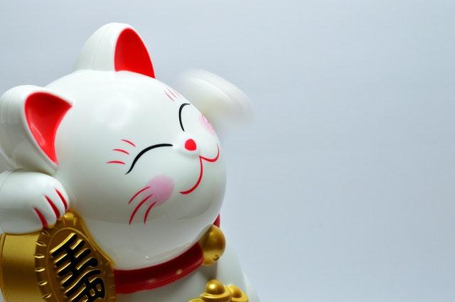 japanese-lucky-coin-cat-932261