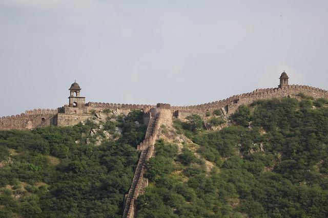 fort-4579547_640