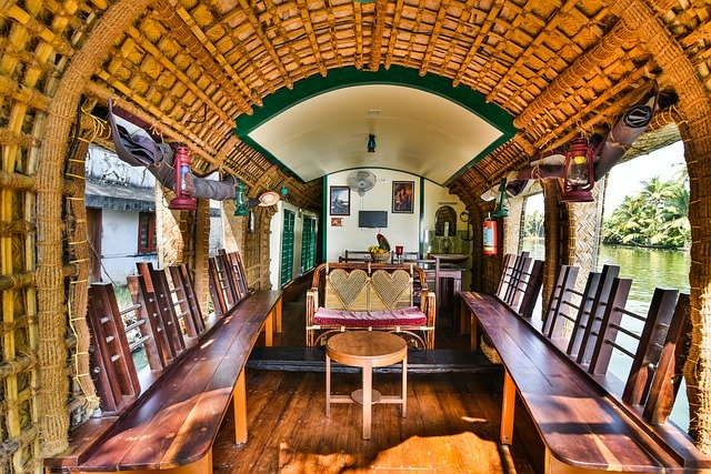 backwaters-kerala-houseboats 1