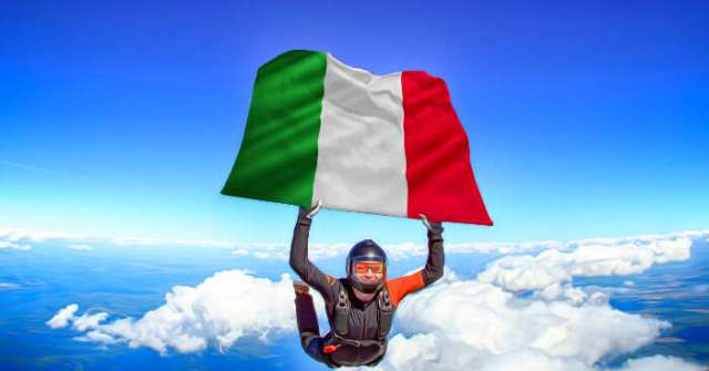 Skydiving in Fano, Italy