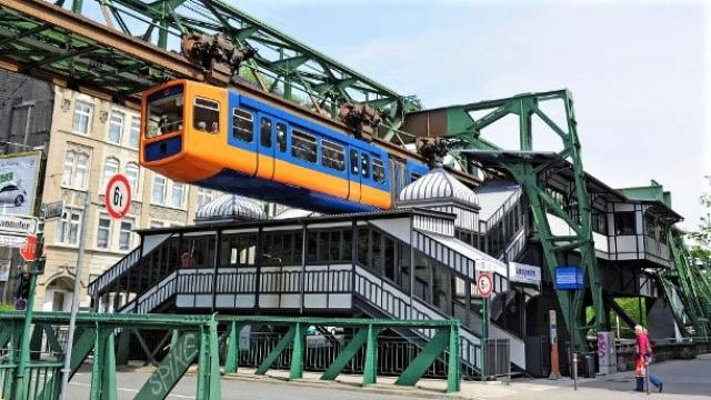 Suspension Train, Wuppertal, Germany