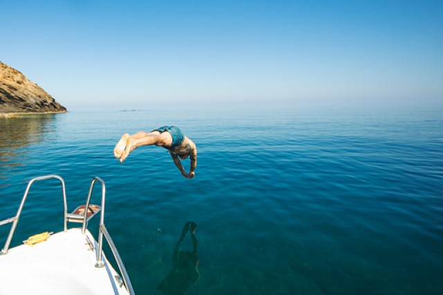 Diving from a boat