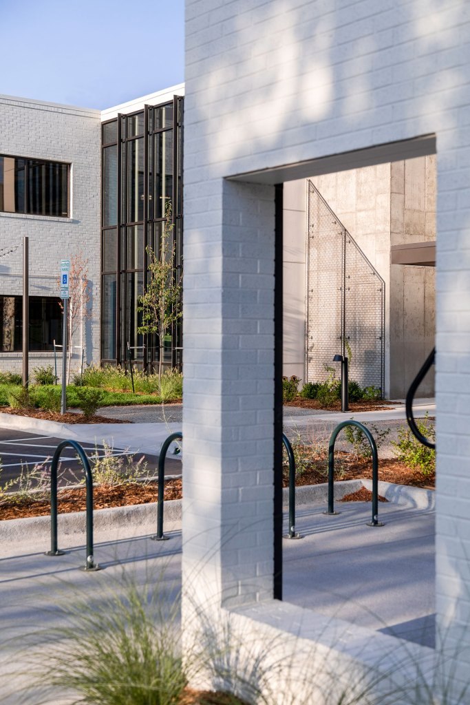 STUDIO-Architecture-Center-Green-Bike-Rack