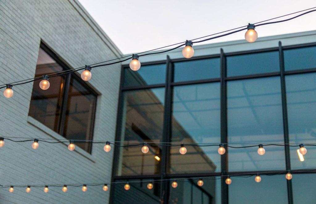 STUDIO-Architecture-Center-Green-Courtyard-Stringlights